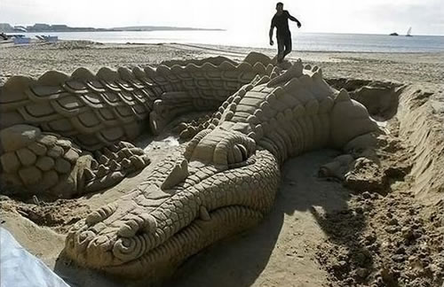 Amazing-Sand-Art-21